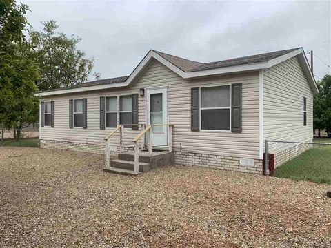 200 E Hammond St, Roswell, NM 88203 Zia Factory Mobile Homes on mobile robotics, open floor plan factory, condo factory, mobile homes 14 x 70, colonial factory, commercial factory, 1940s factory, cottage factory, farm factory, mobile modular factory walls, furniture factory, warehouse factory,