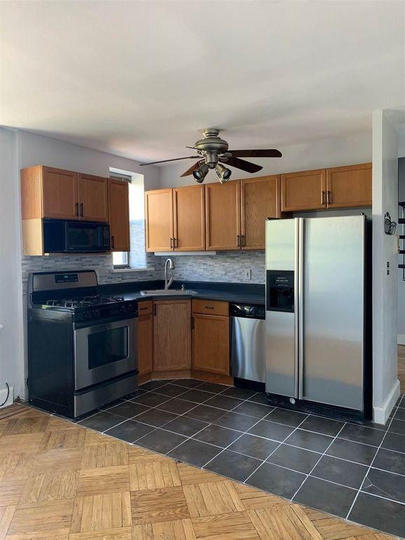 164 Ogden Ave Apt 405, Jersey City, NJ 07307