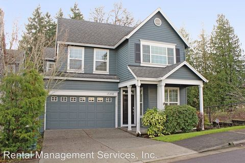 Photo of 17278 Nw Sandpines Ln, Beaverton, OR 97006