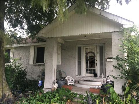 1701 Claudius St, Metairie, LA 70005 on gallery new home plans, william poole home plans, garrell associates home plans, frank betz home plans, dan sater home plans, canada home plans, stephen fuller home plans,