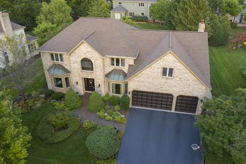 Breckenridge Estates Naperville Il Real Estate Homes For Sale Realtor Com