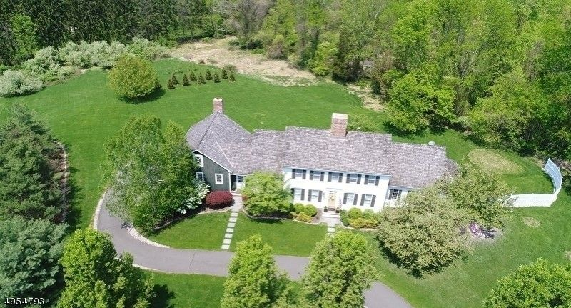 7 Barberry Row Chester Twp, NJ 07930