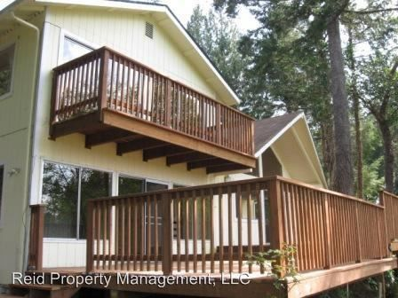 Photo of 671 E Creekside Dr, Belfair, WA 98528