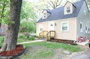 Photo of 6807 Elmhurst St, District Heights, MD 20747