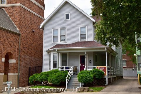Photo of 218 W Gilman St, Madison, WI 53703