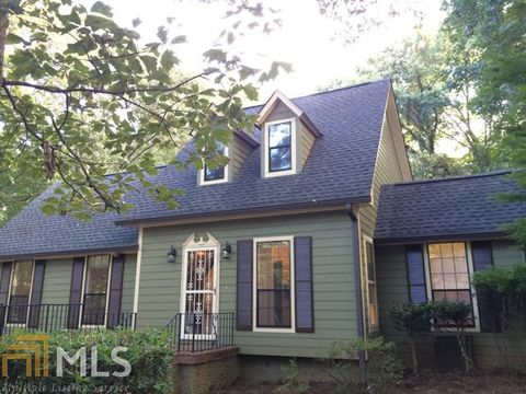 Photo of 4645 Fox Hollow Ct, Douglasville, GA 30135