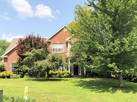 Photo of 13027 Sedgefield Rd, Knoxville, TN 37934
