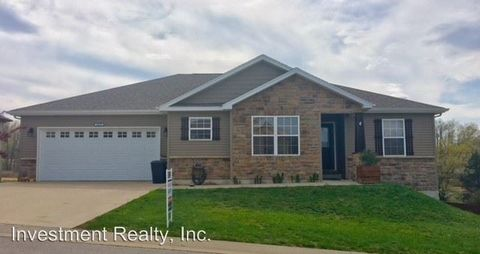 Photo of 16218 Hershey Rd, Saint Robert, MO 65584