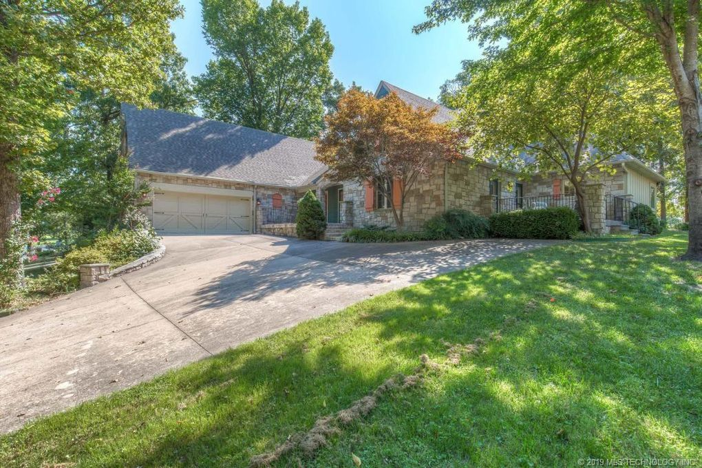 32586 Pebble Beach St Afton, OK 74331