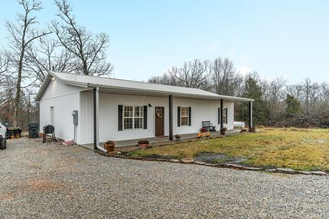 Photo of 20311 State Highway Tt, Crane, MO 65633