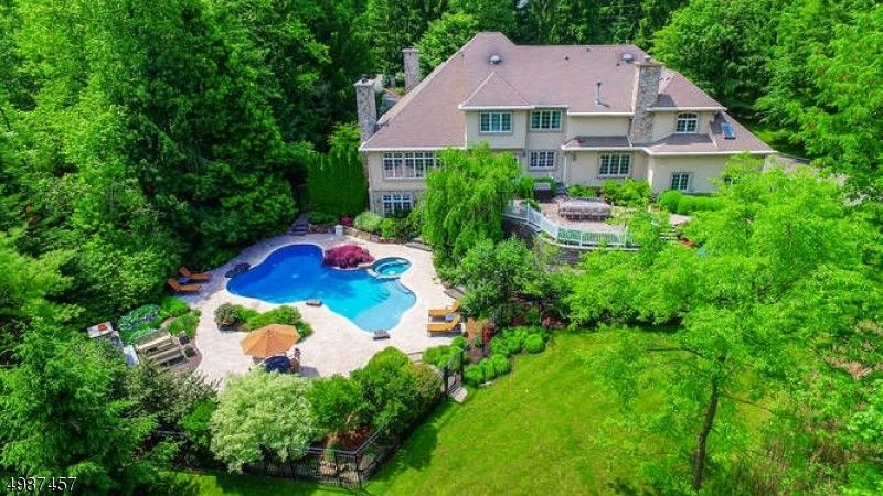 30 Old Orchard Rd Mendham Township, NJ 07960