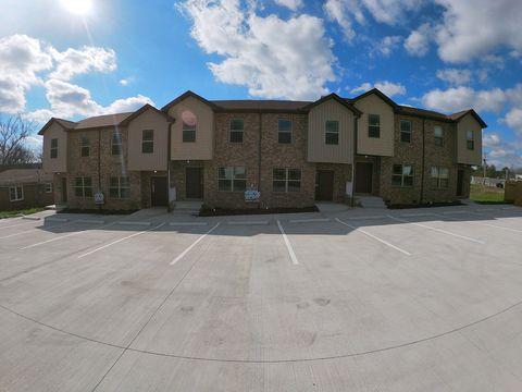 Photo of 215 Hayes St, Hartsville, TN 37074