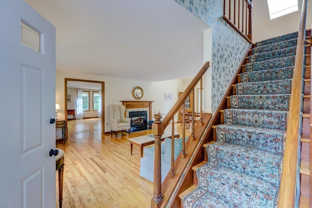 195 Goody Hallet Dr Eastham, MA 02642