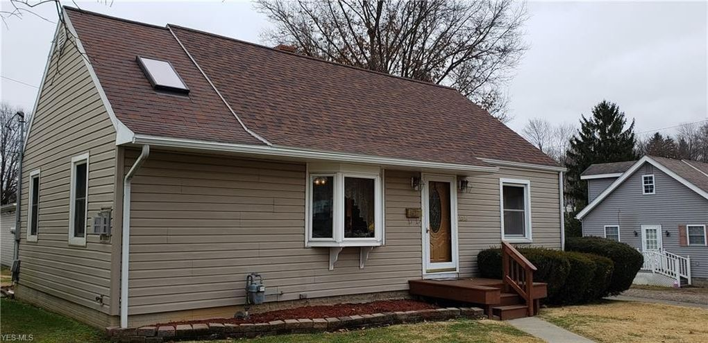1016 Herbig Ave Coshocton Oh 43812 Realtor Com