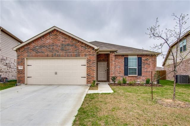2308 Bermont Red Ln, Fort Worth, TX 76131