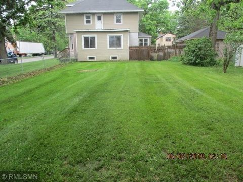 102 1st Ave Nw, Little Falls, MN 56345