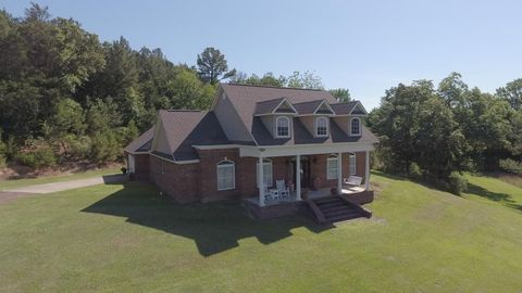 390 County Road 277, Water Valley, MS 38965