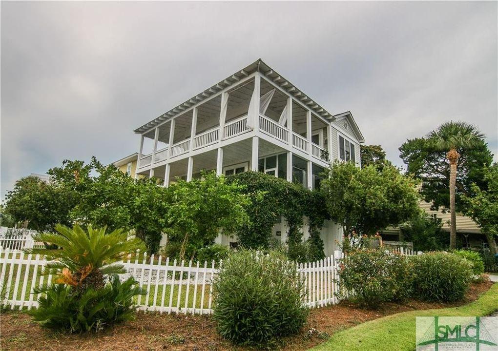 1608 Chatham Ave, Tybee Island, GA 31328 - realtor.com®