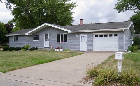 Photo of 1414 E Parrish St, Prairie du Chien, WI 53821