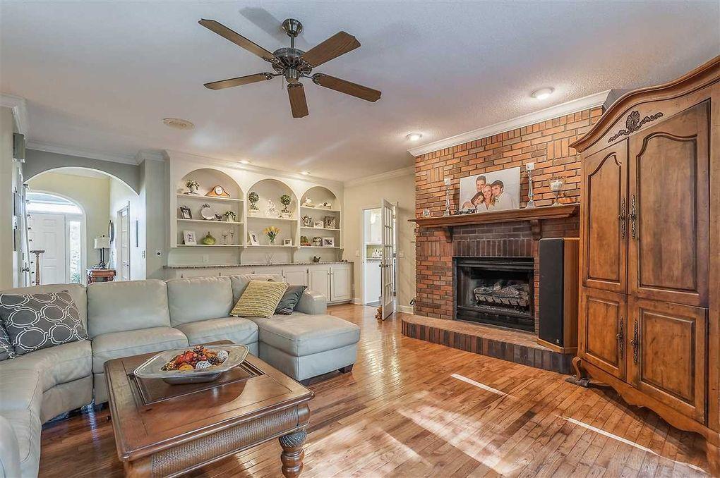 mc call creek lesbian singles Homes for sale & real estate in 39647 ・9 homes available on trulia 451 eddiceton rd ne mc call creek ms 39647 $249,500.