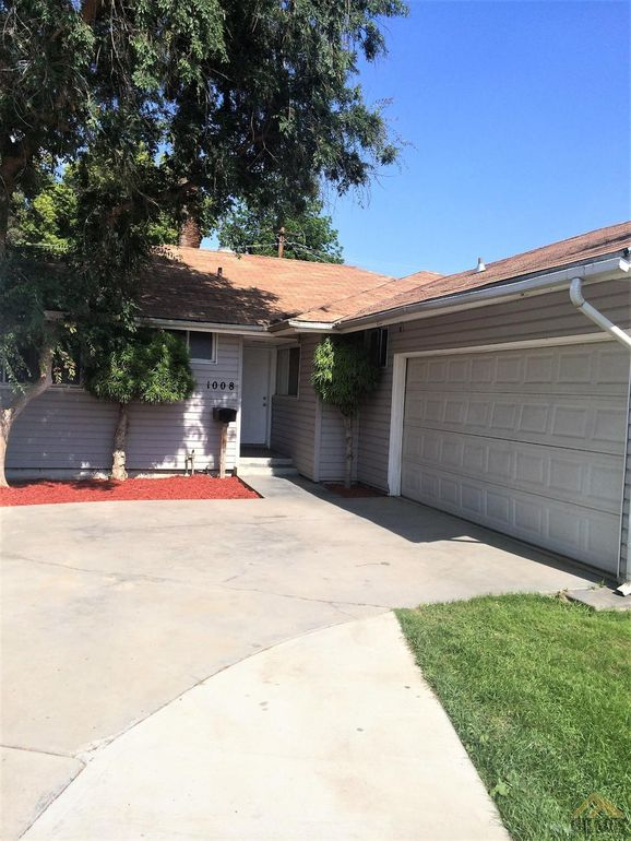 1008 Paloma St Bakersfield, CA 93304