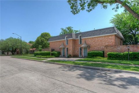 Photo of 3921 Clarke Ave, Fort Worth, TX 76107