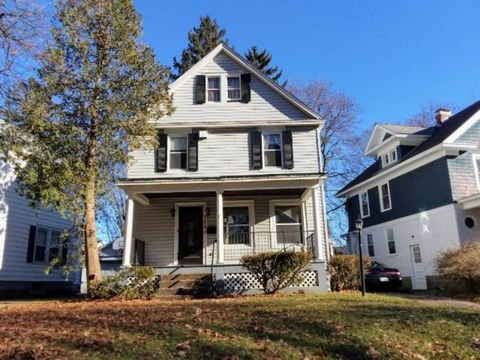 756 Central Pkwy, Schenectady, NY 12309