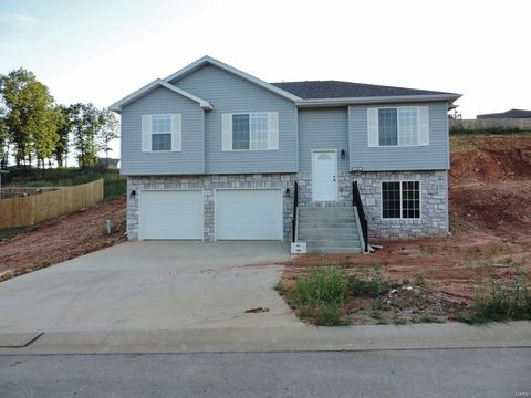108 Creek View Dr, Saint Robert, MO 65584