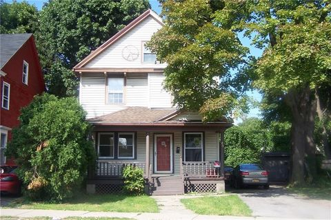 80 Ferndale Cres, Rochester, NY 14609