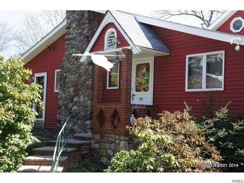 208 Jersey Ave, Greenwood Lake, NY 10925