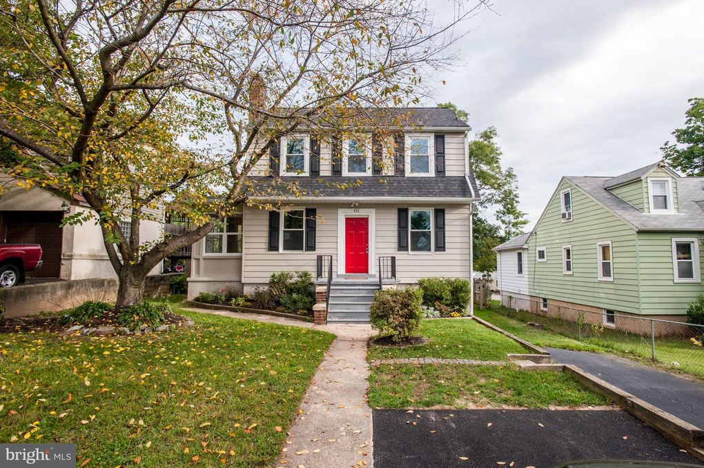 611 Hilltop Rd Catonsville, MD 21228