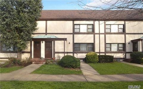 Village Of Garden City Ny Condos Townhomes For Sale
