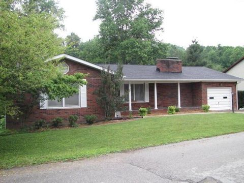 210 Maple St, Manchester, KY 40962