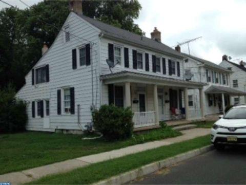 39 Green St, Woodstown, NJ 08098