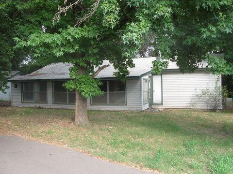 147 Cherokee Rd, Crescent, OK 73028