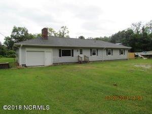 159 Polly Way Ln, Marshallberg, NC 28553