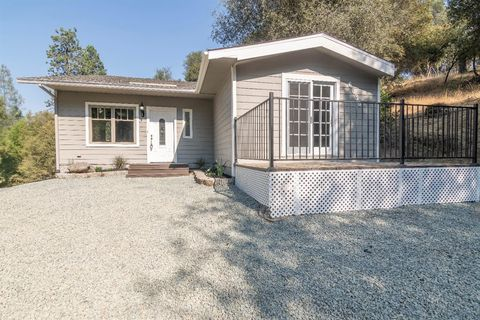6030 Outingdale Rd, Somerset, CA 95684