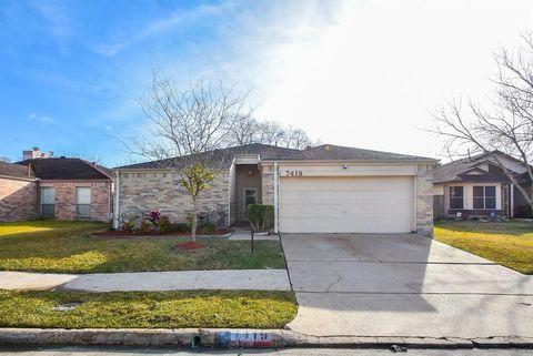 Photo of 7419 Camporee Ln, Houston, TX 77083