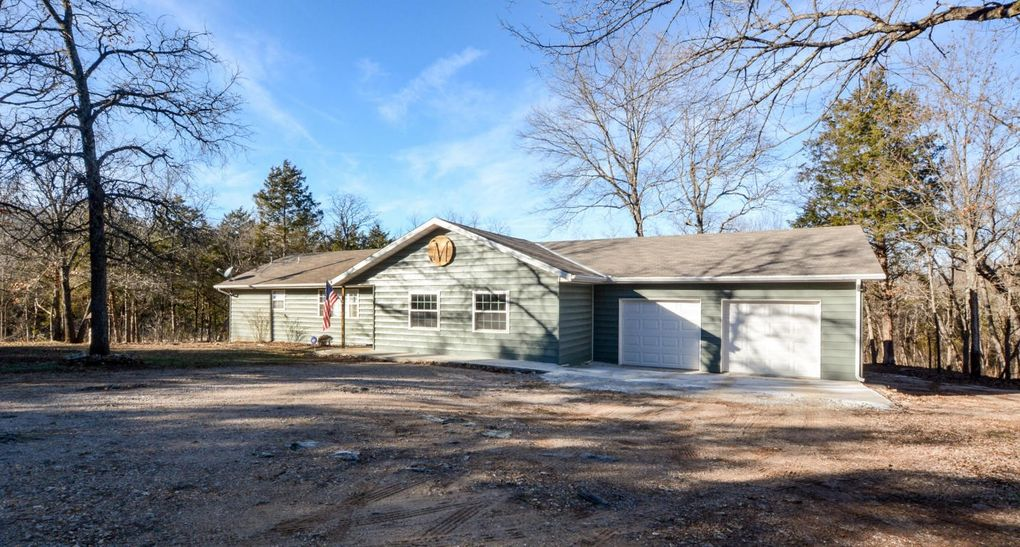 Amazing 17 Green Acres Rd, Lampe, MO 65681