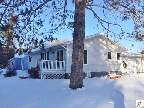 811 Cedar St, Floodwood, MN 55736