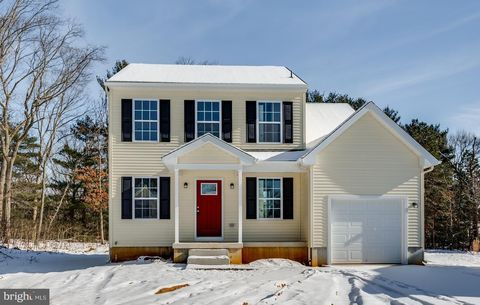 Photo of 2 King George Rd, Pine Hill, NJ 08021