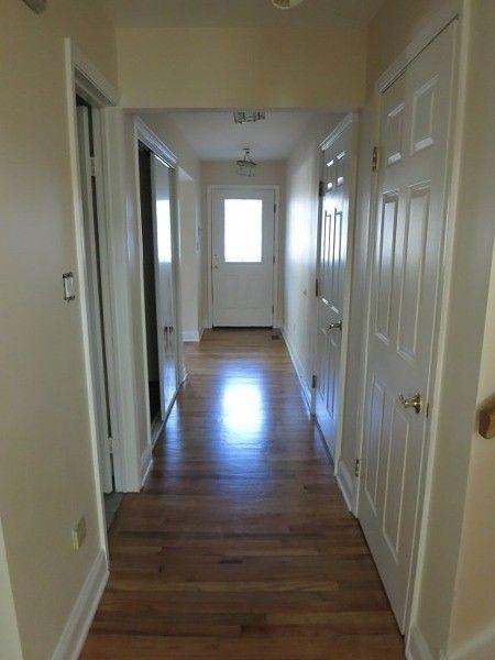 31 Meadowview Ln, Berkeley Heights, NJ 07922
