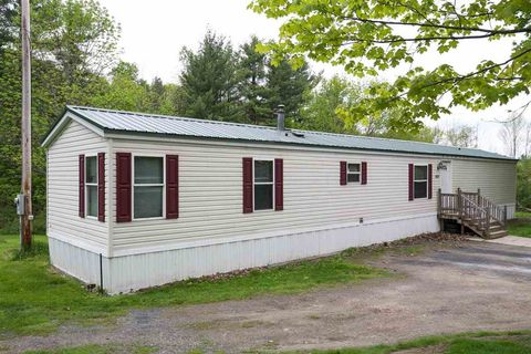 Photo of 434 Curve Hill Rd, Colchester, VT 05446