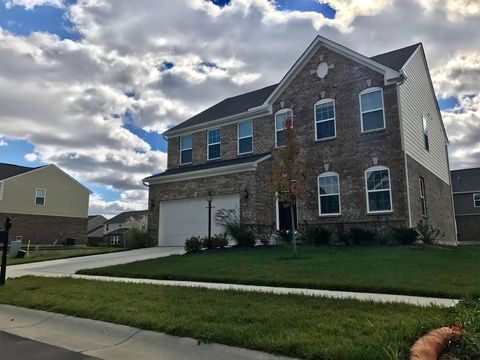 1560 meadow pond ct washington township oh 45458 for Mercedes benz of centerville washington township oh