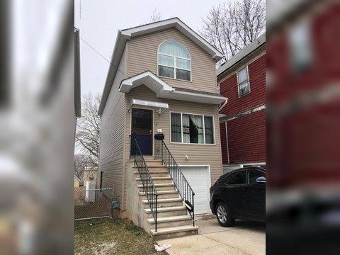 145 Winter Ave, Staten Island, NY 10301