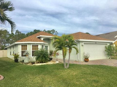 620 Dillard Dr Se, Palm Bay, FL 32909