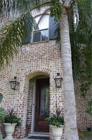 322 Edinburgh St Metairie La 70001 Realtor Com 174