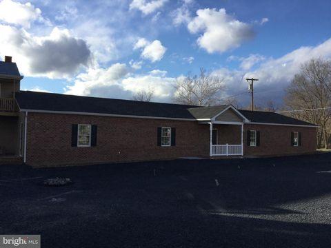 Photo of 143 Fort St N Unit 1, Strasburg, VA 22657