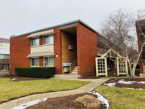 Photo of 603 W Park Ave Apt 101, Libertyville, IL 60048