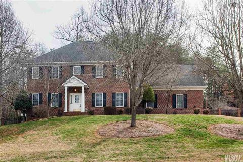 Woodwinds, Hickory, NC 3-Bedroom Homes for Sale - realtor.com®